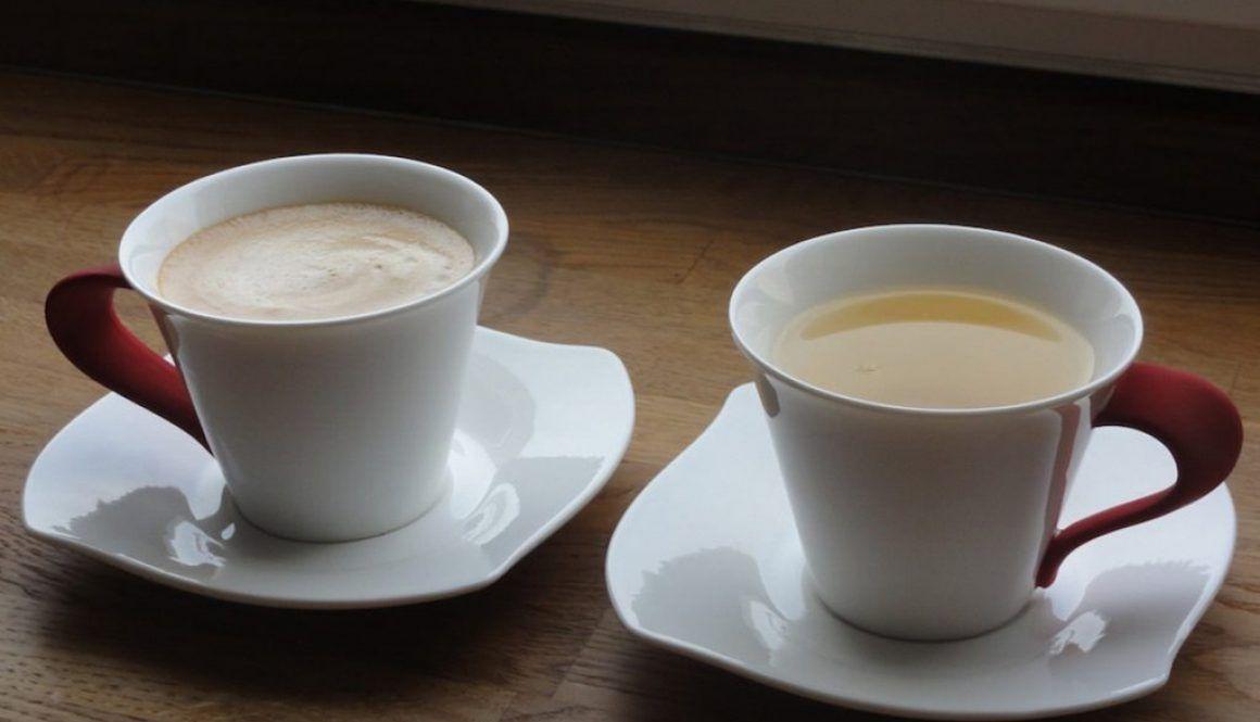 Kawa czy herbata? Czyli o wpływie tego co pijemy, na zdrowie naszej jamy ustnej.