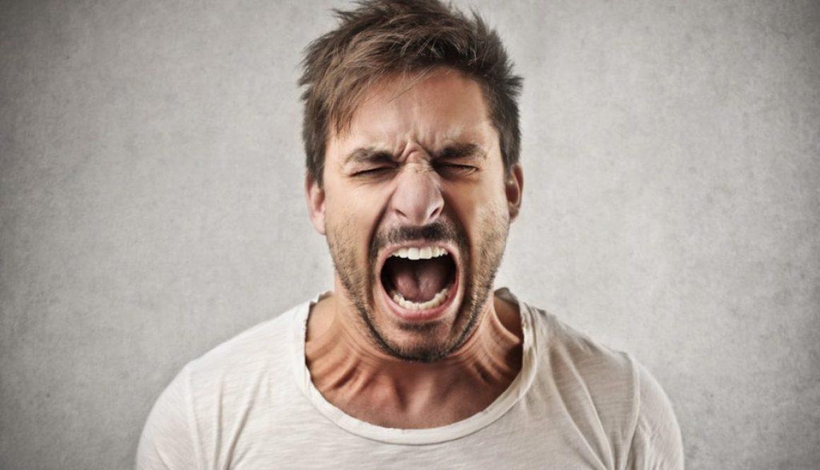 Czy ścieranie zębów jest groźne?